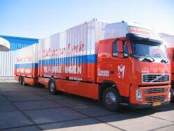 Volvo verhuiscombinatie met containerwisselsysteem.